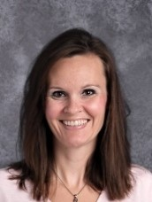 Andrea Bauer Headshot